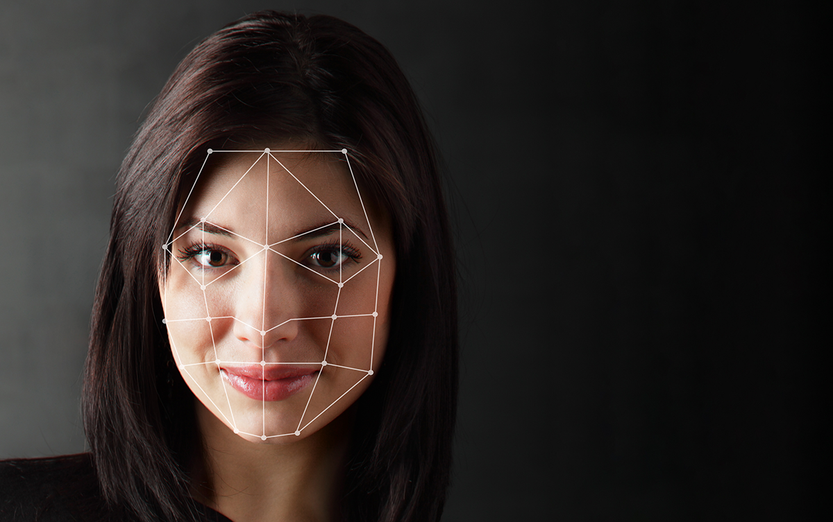 Our Face & Eye tracking technology helps your job interview preparation and soft skill training.